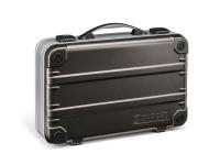 Nový kufr K411